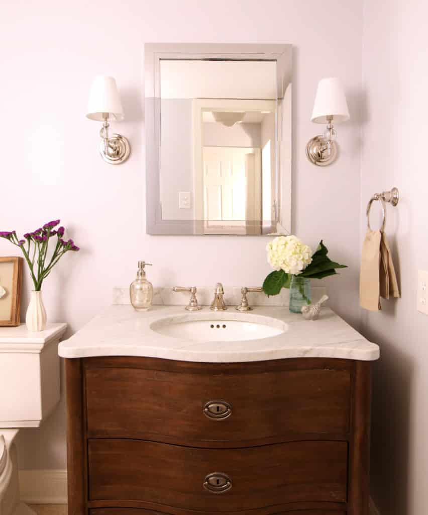 Tradtional Powder Room with polished nickel fixtures